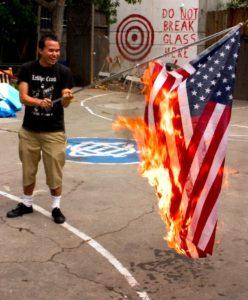 Flag_burning_Simpleton