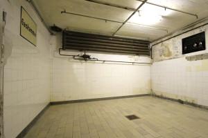 mauthausen gas chamber